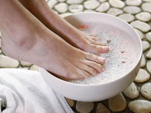 Вредно ли парить ноги?