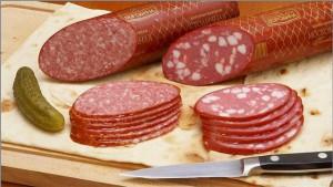 Вредна ли копченая колбаса?